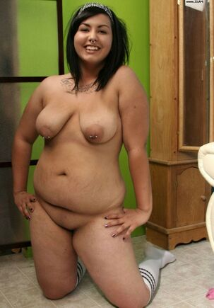 young chubby girls naked