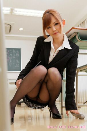 pantyhosed schoolgirl